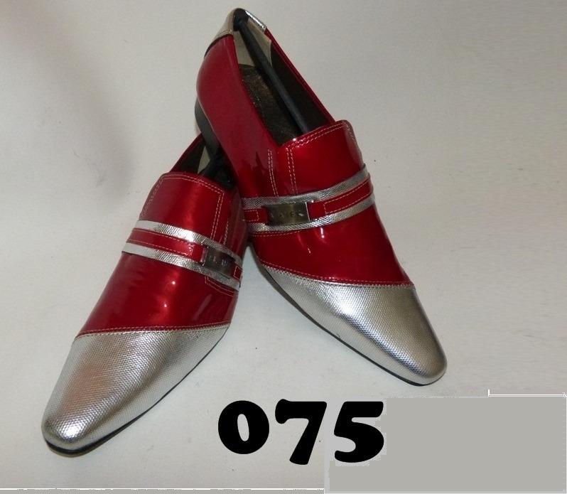 Sapatos masculinos vermelho e prata