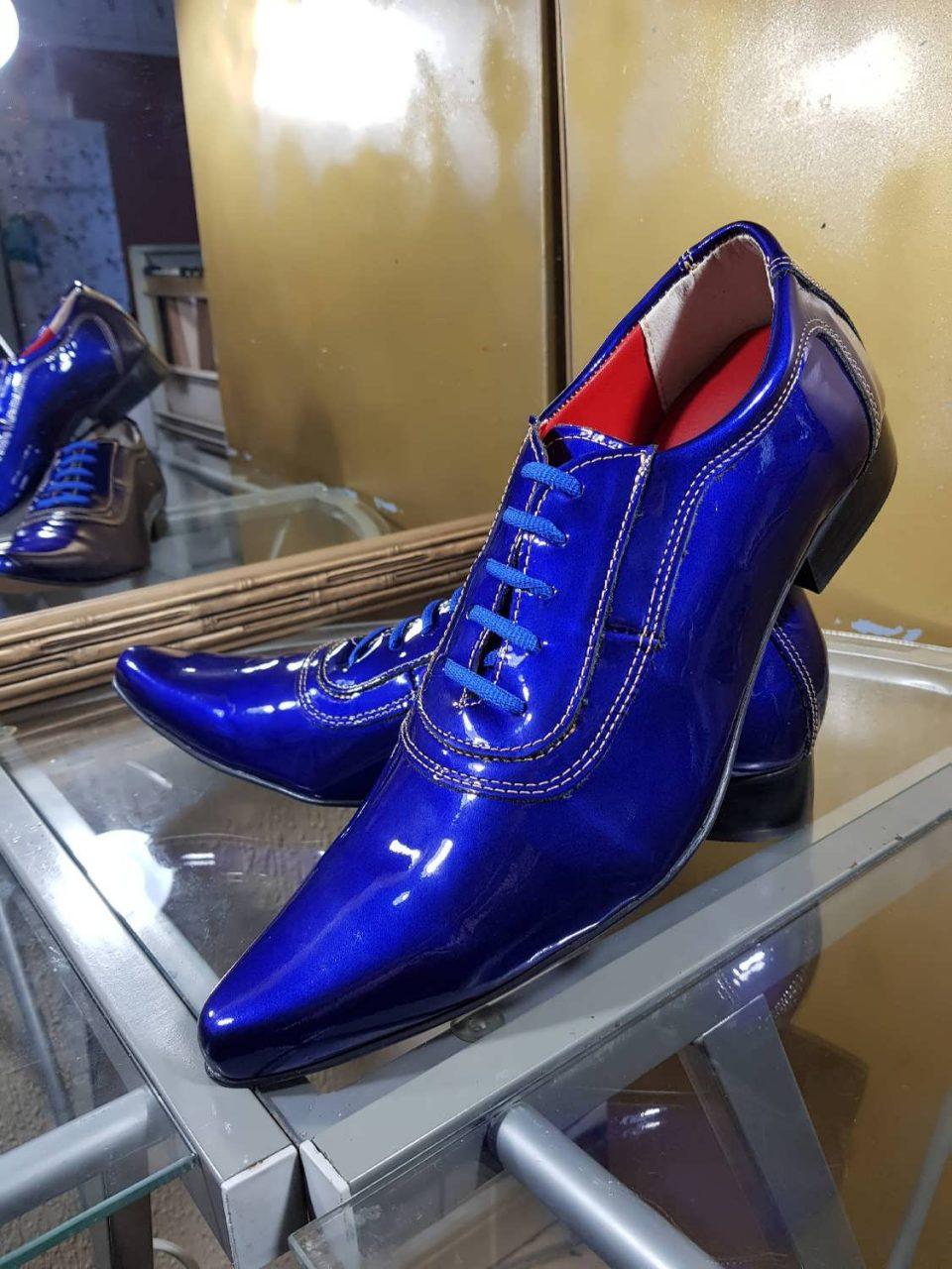 Sapatos sociais verniz azul perolado