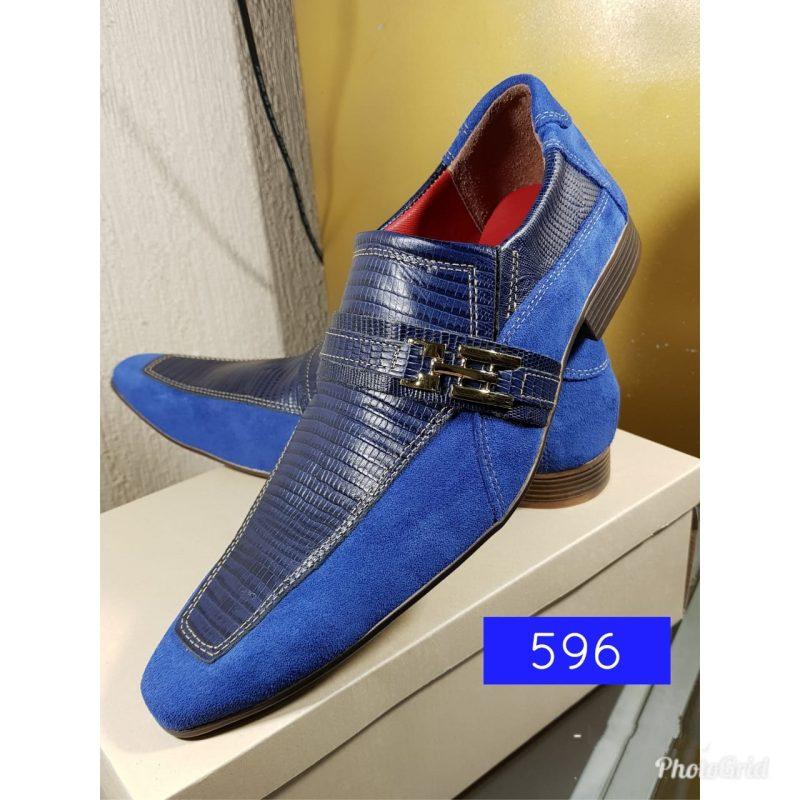 Sapatos social camurça azul e lesard azul com bico fino