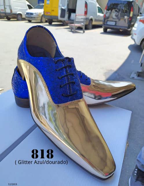 818 dourado espelhado e glitter tecido azul