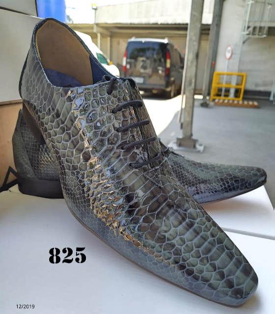 Sapatos sociais com cadarços em couro croco verde 825