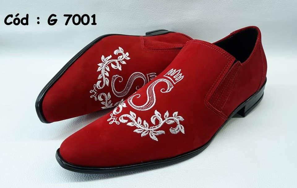 G7001 sapatos em veludo vermelho com bordado branco