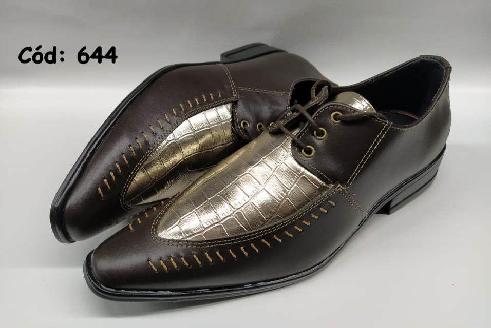 Sapatos sociais masculino em marrom e dourado ANZ644