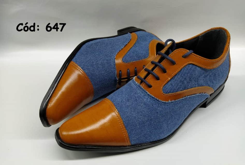 Sapatos sociais masculino em marrom e jeans azul ANZ647