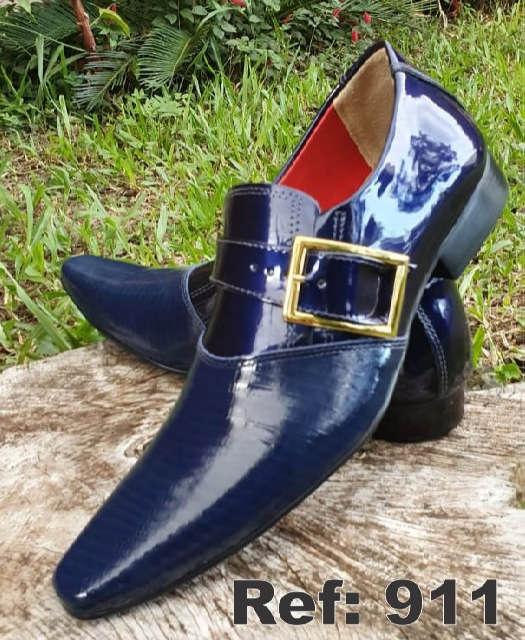 Sapatos sociais sem cadarço em couro azul 911
