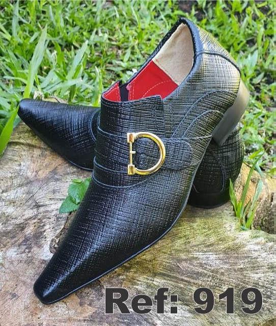 Sapatos sociais sem cadarço em couro mini trice preto 919