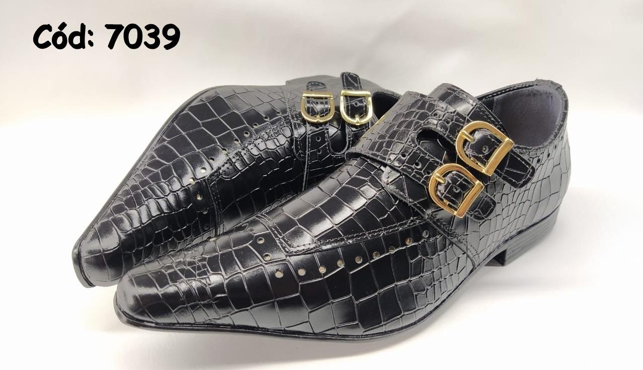 Sapatos sociais em couro preto croco
