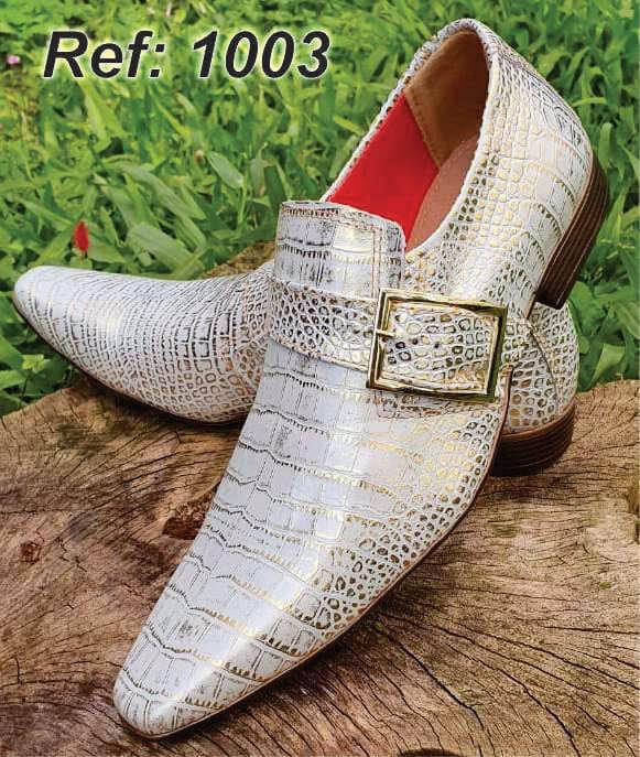 Sapatos sociais sem cadarço em couro croco branco dourado