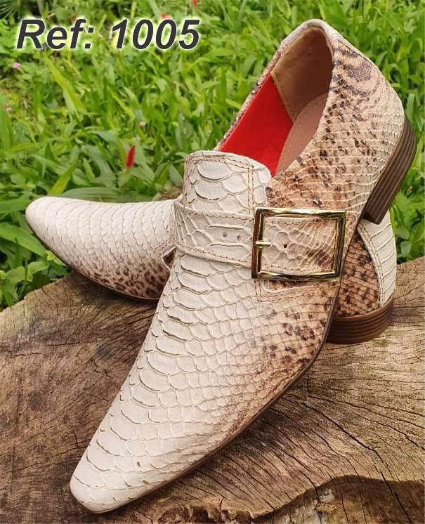 Sapatos sociais sem cadarço em couro cobra