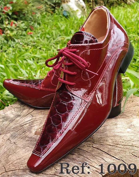 Sapatos sociais com cadarço em couro estilo croco vermelho 1009