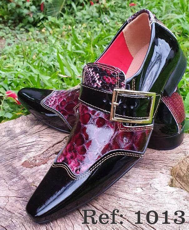 Sapatos sociais sem cadarço em couro estilo verniz preto e cobra vermelho 1013