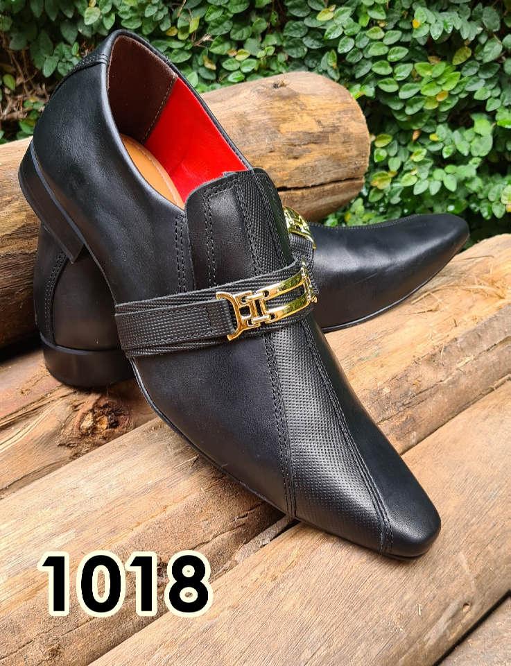 Sapatos sociais sem cadarço em couro estilo preto cromo e trice muido 1018