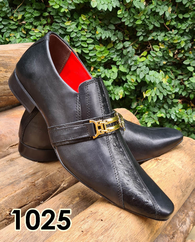 Sapatos sociais sem cadarço em couro estilo cromo preto e avestruz preto 1025