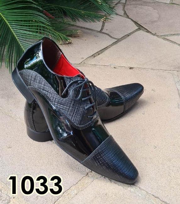 Sapatos sociais com cadarço em couro couro preto e trice preto