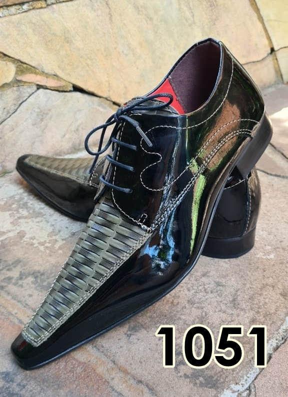 Sapatos sociais com cadarço em couro preto e cinza textura 1051