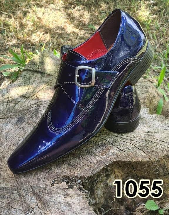 Sapatos monge sem cadarço em couro azul verniz 1055