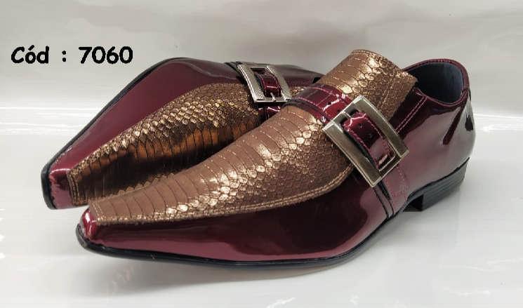 Sapatos sociais em couro vinho e marrom anz7060
