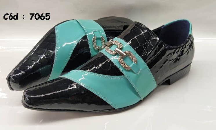 Sapatos sociais em couro preto e verde anz7065