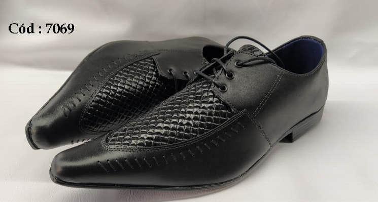 Sapatos com cadarços em couro preto fosco anz7069