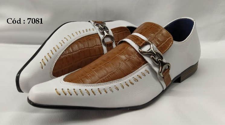 Sapatos sociais em couro branco verniz e marrom croco anz7081