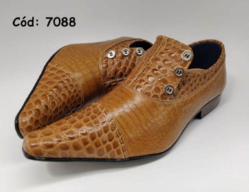 Sapatos sociais em couro croco marrom anz7088