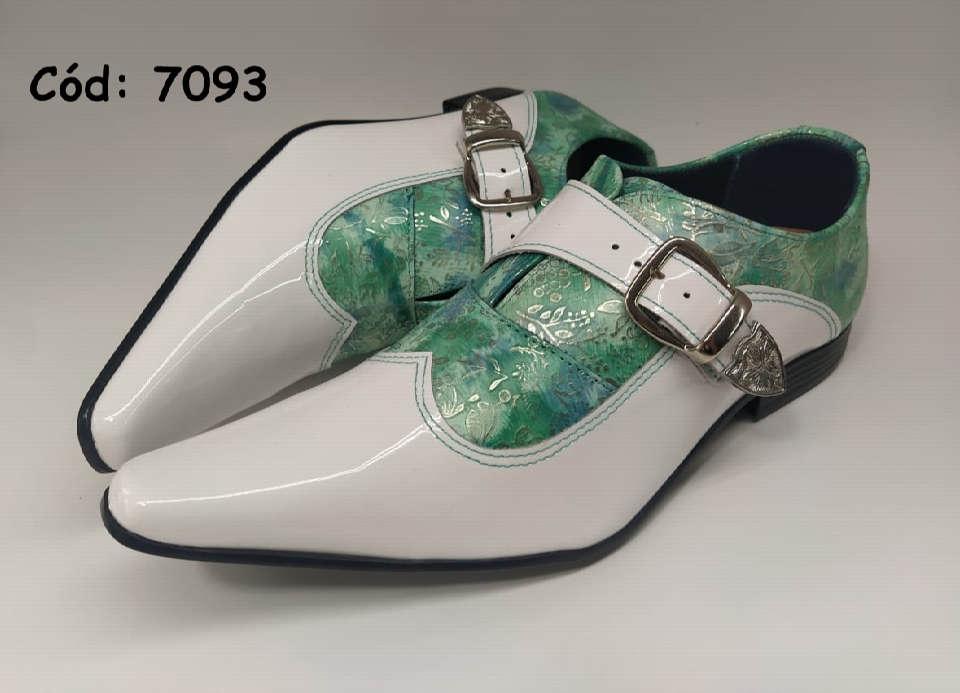Sapatos sociais em couro verniz branco com verde anz7093